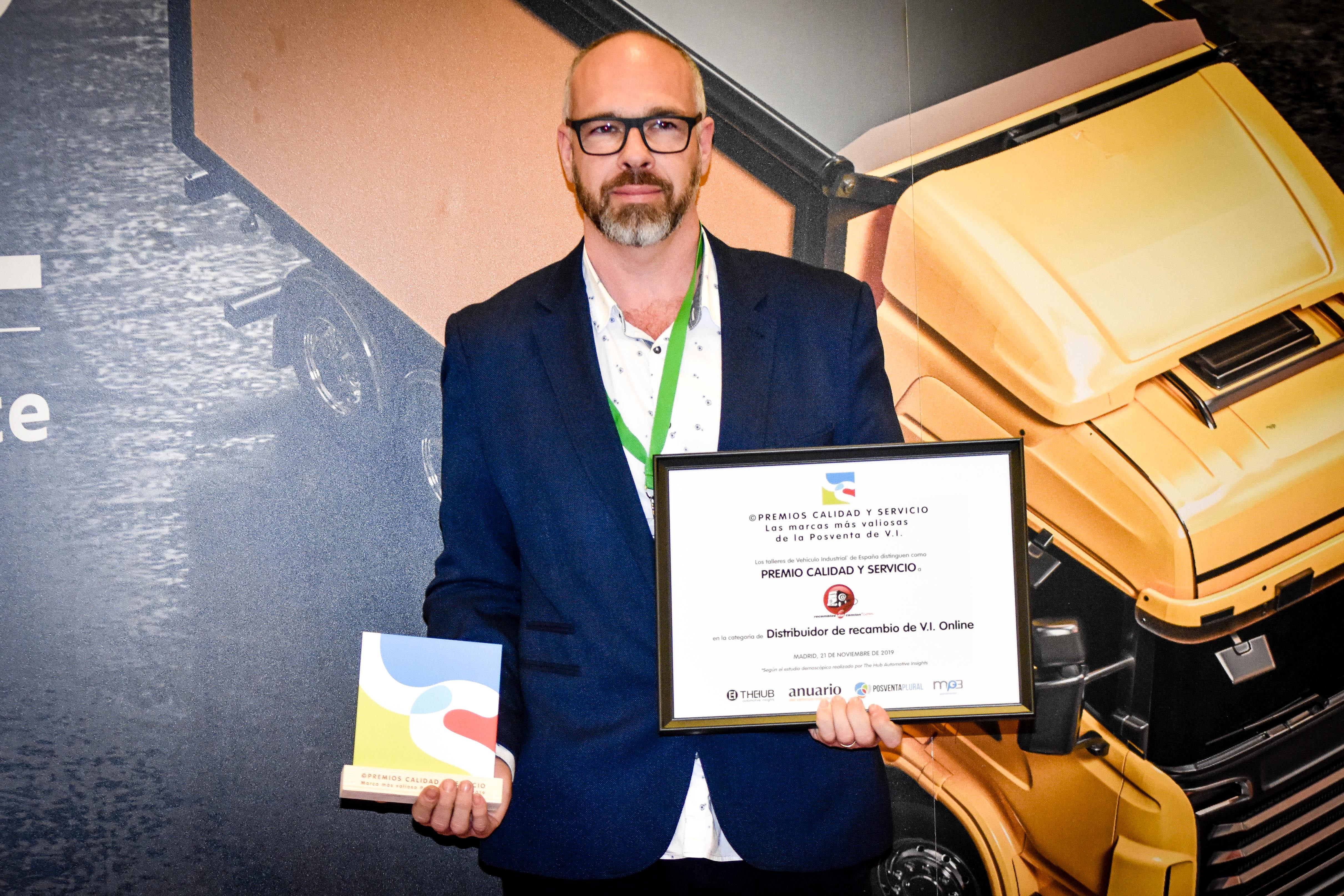 Premio Calidad y Servicio RECAMBIOS DEL CAMIÓN Distribuidor online 2019